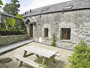 Self catering breaks at Orchard Cottages - Orchard Cottage in Waberthwaite, Cumbria
