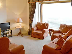 Self catering breaks at Farne House Cottages - Harbour Heights in Seahouses, Northumberland