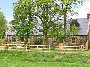Self catering breaks at The Hayloft in Carnwath, Lanarkshire
